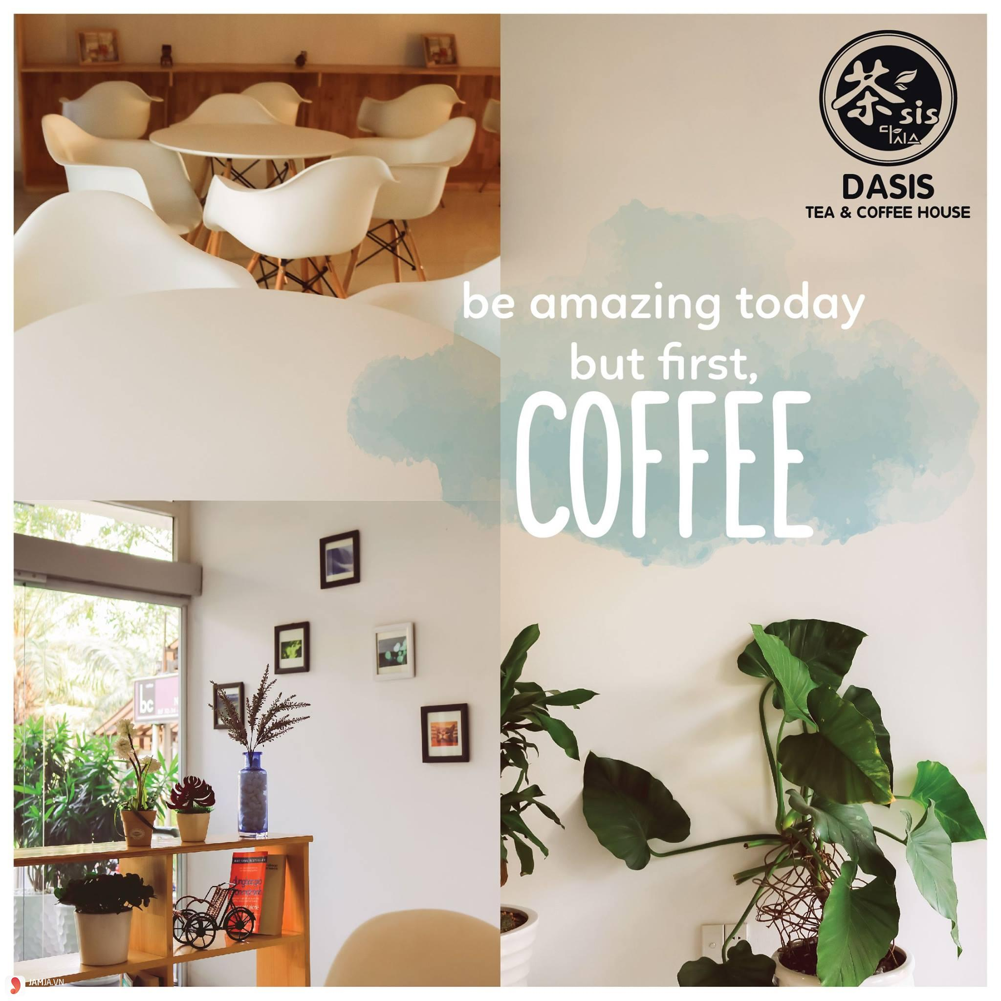 Dasis Tea & Coffee House decor