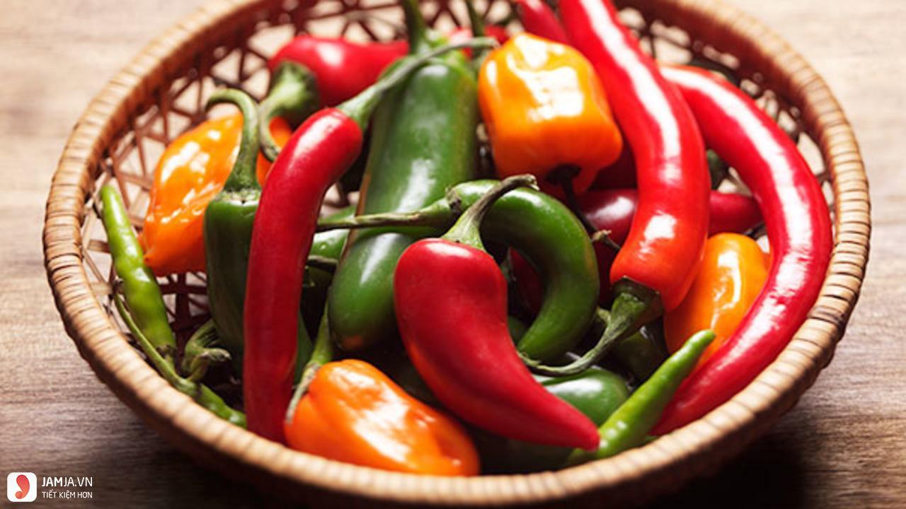 ăn ớt giúp giảm đau