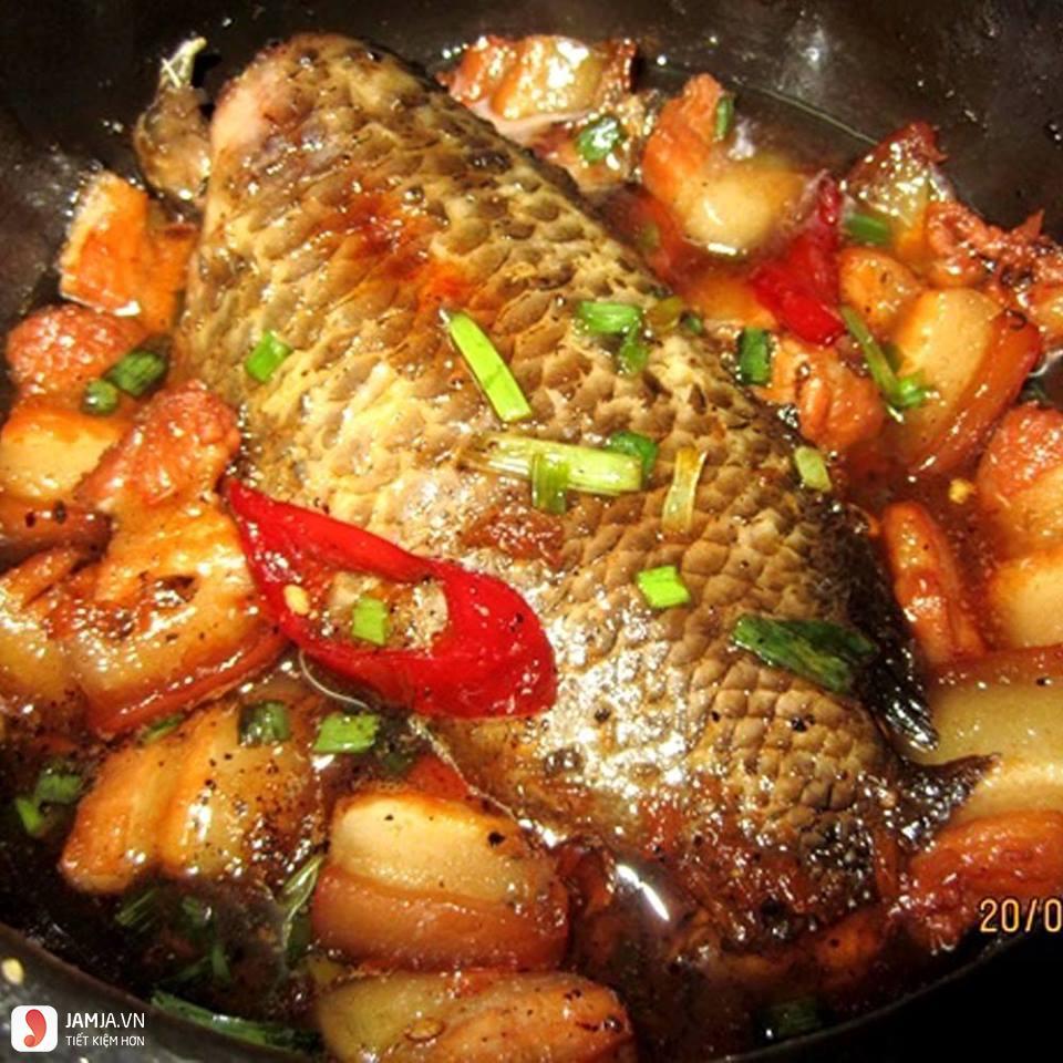 Cách nấu cá rô phi kho nghệ 2