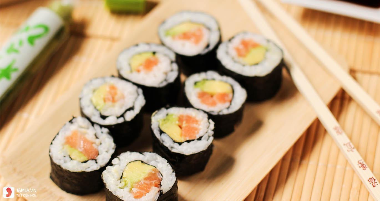 Cách làm sushi kiểu Việt Nam 3