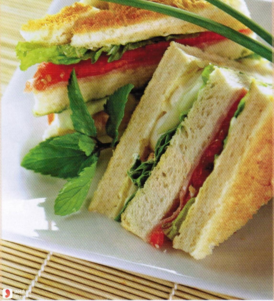 cách làm bánh mì sandwich kẹp trứng 4