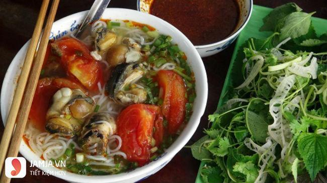 Món bún ốc bà Lương ở Khương Thượng 1