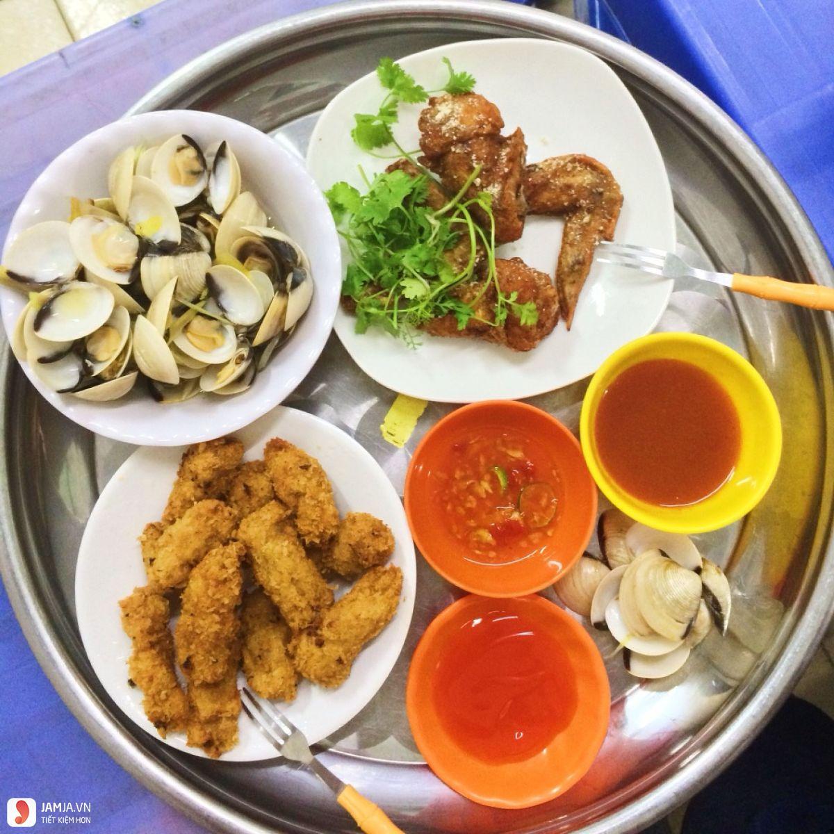 Quang Anh - Ốc & Chè Sài Gòn ngao hấp