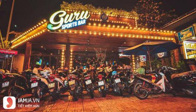 Nhà hàng Guru Sport Bar.