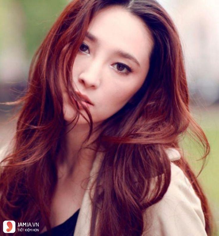 Nhuộm tóc màu đỏ nâu