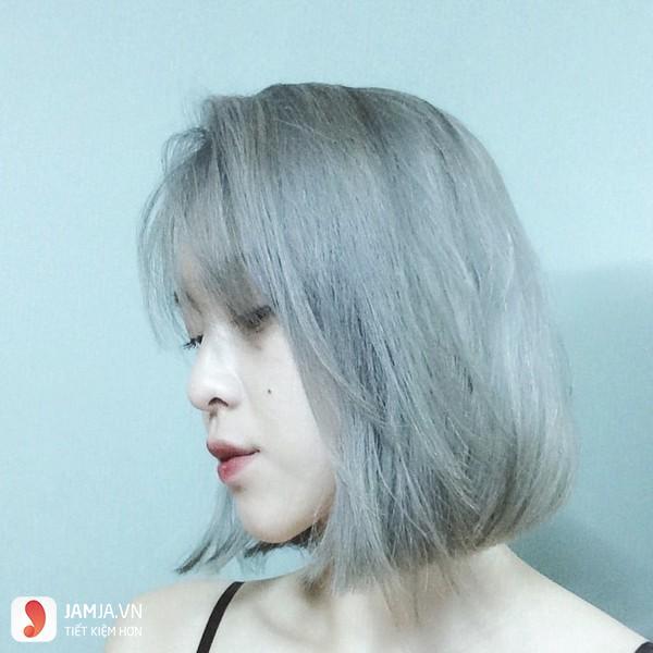 Nhuộm tóc màu khói bạc