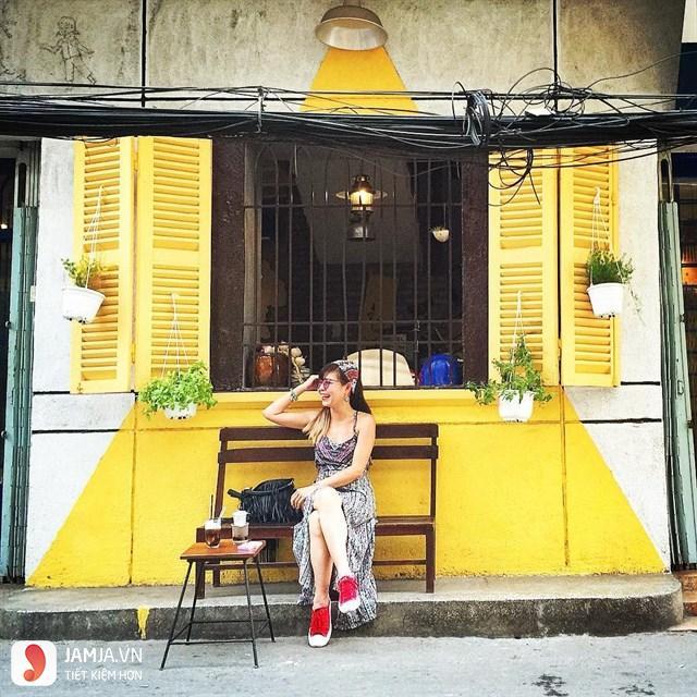 Quán cà phê Sài Gòn 80s 5