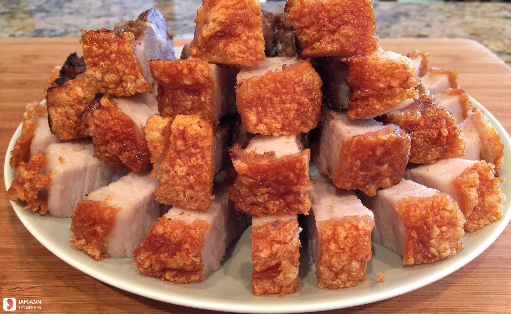 Thịt ba chỉ chiên kiểu Thái 2