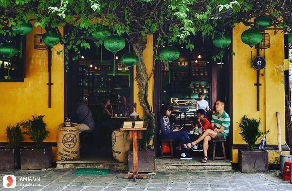 Tiệm Cà Phê Hoa Giấy 6