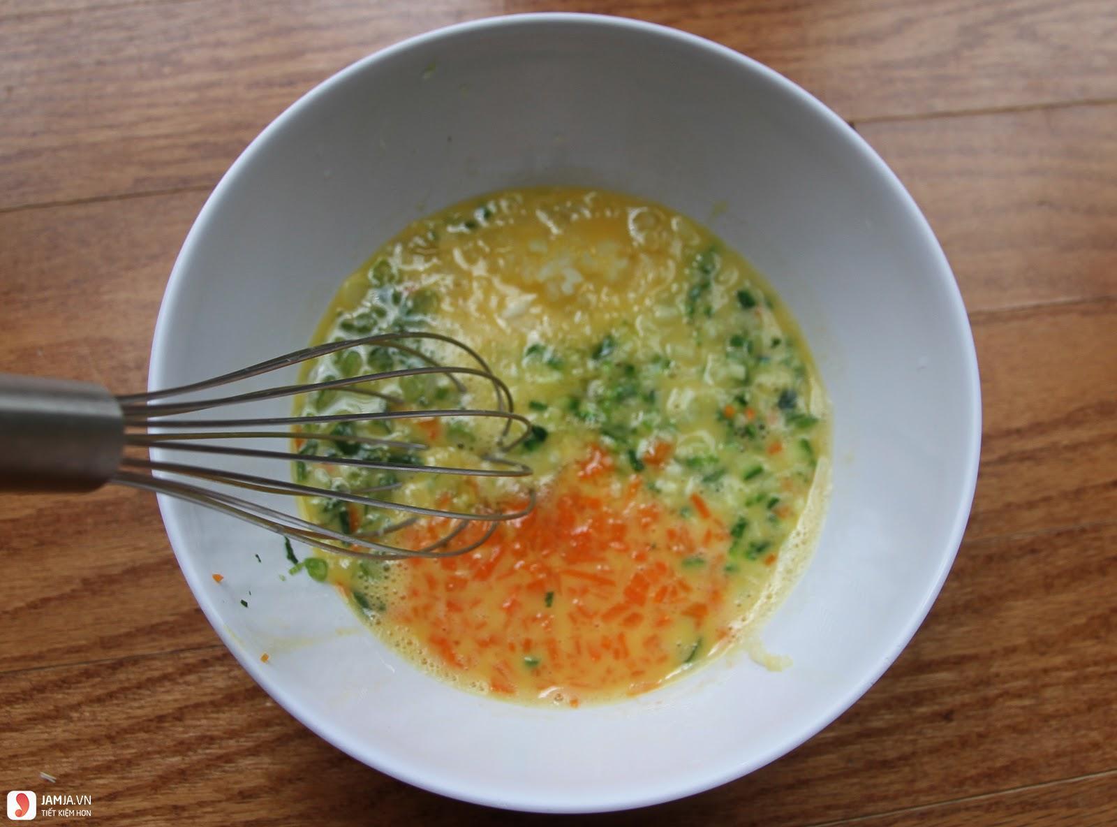 Trứng chiên rau củ 1