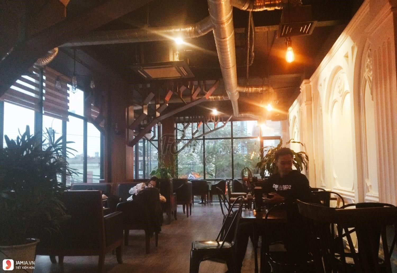 không gian Venice Coffee & Bar