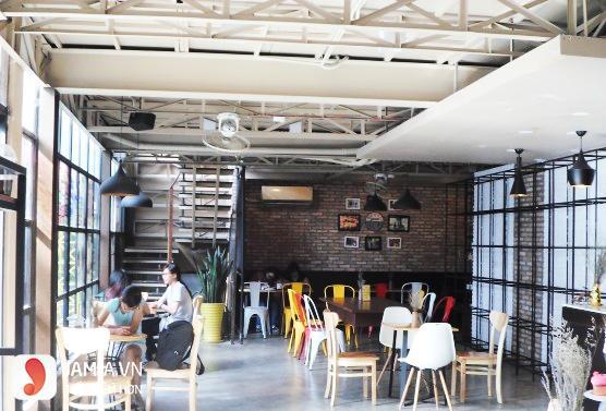 Cách trang trí quán cafe trong nhà 1