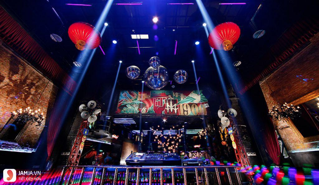 quán bar 1990 Le Theater 3