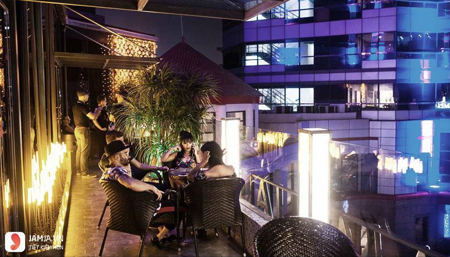 quán bar Camelia Lounge 3