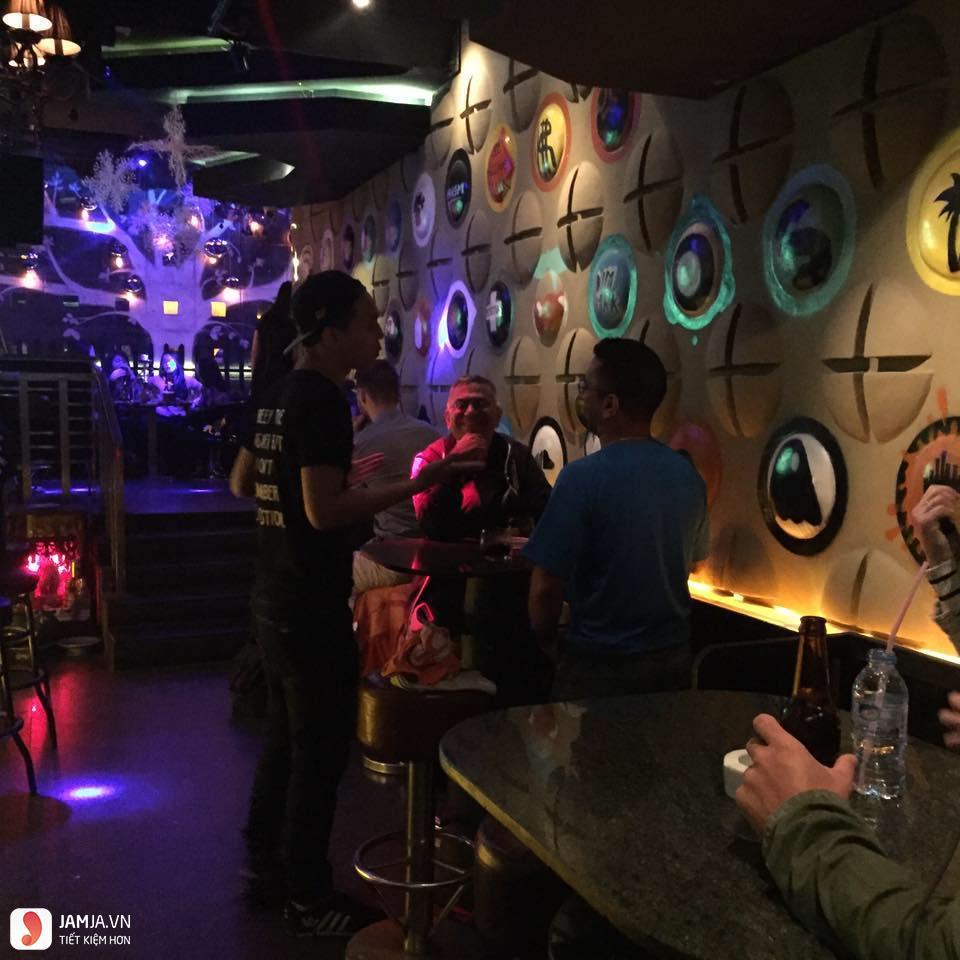 quán bar Funky 3