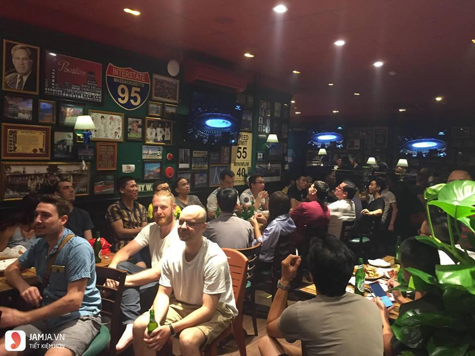 quán bar O'learys 3