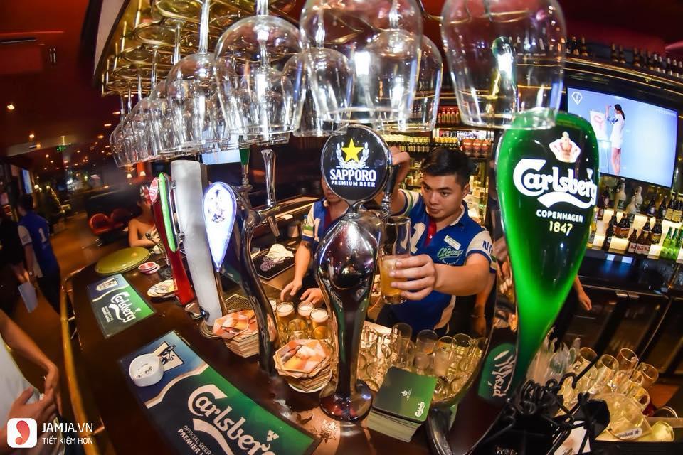 quán bar O'learys 4