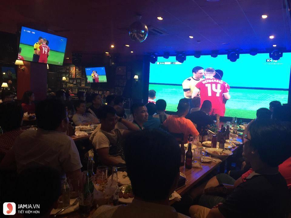quán bar O'learys 2