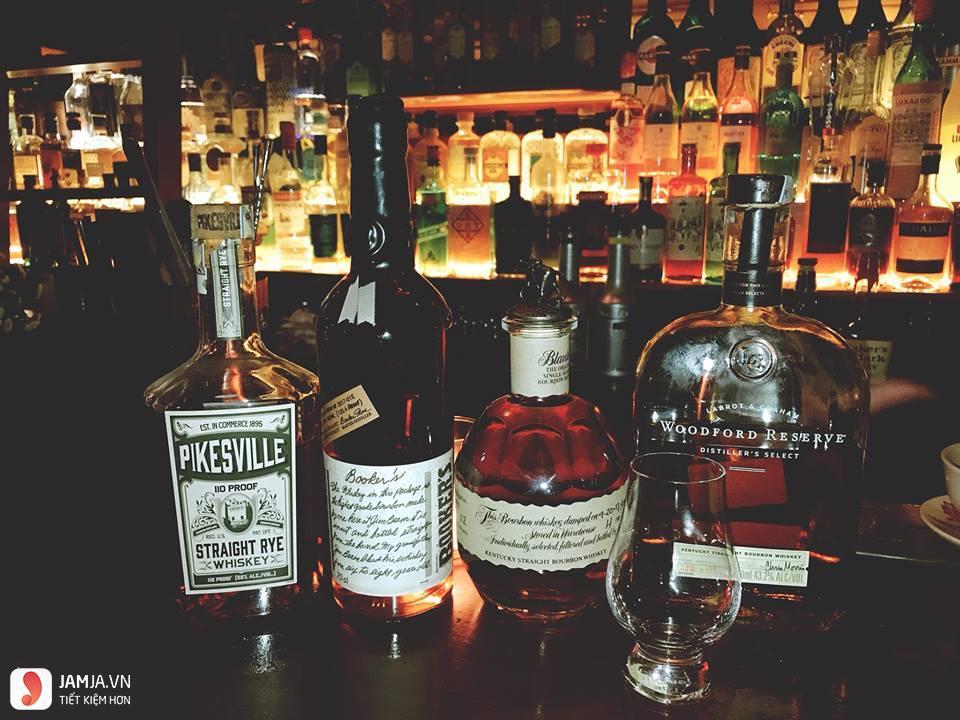 quán bar Polite & Co 6