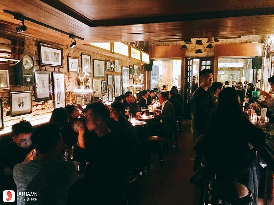 quán bar Polite & Co 3
