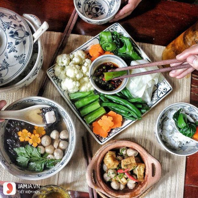 Quán Cơm Chay Here & Now