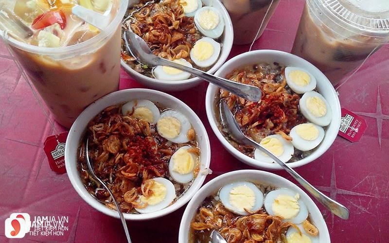 Rủ nhau ăn vặt ở quận Tân Phú 2