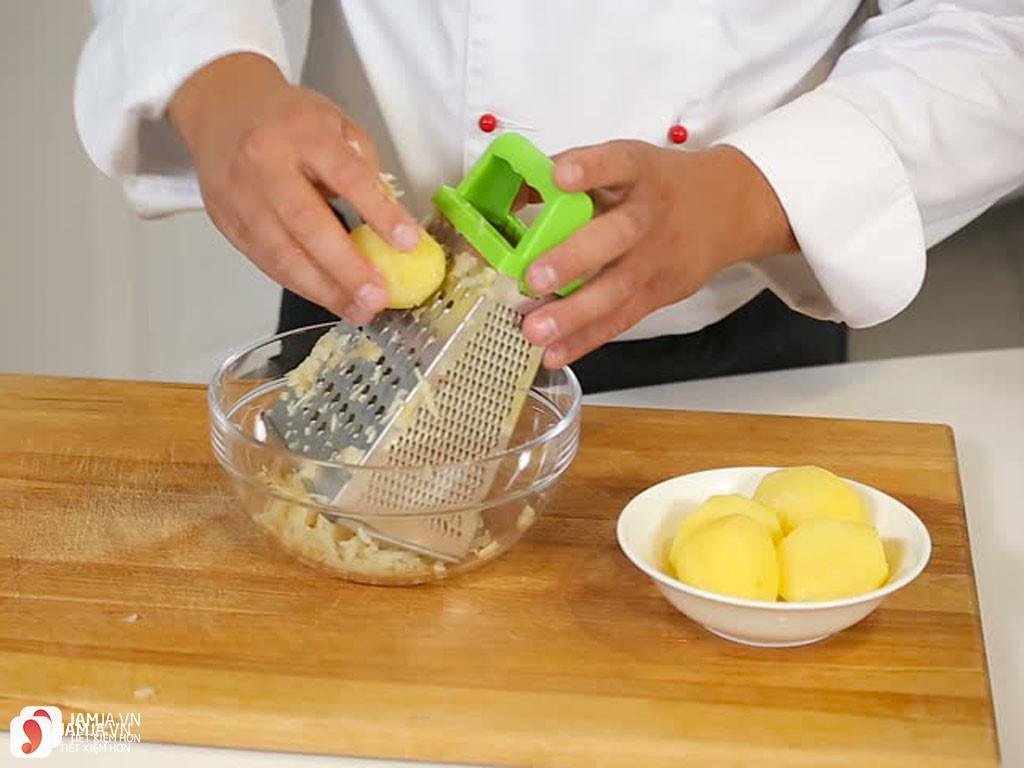 các bước làm khoai tây nhân thịt