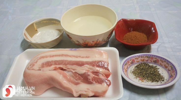 cách làm bánh mỳ nướng kẹp bì lợn 3