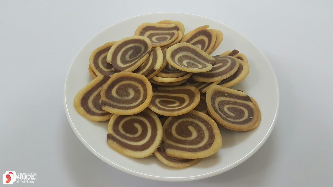 Cách làm món bánh tai heo từ bột mì 1