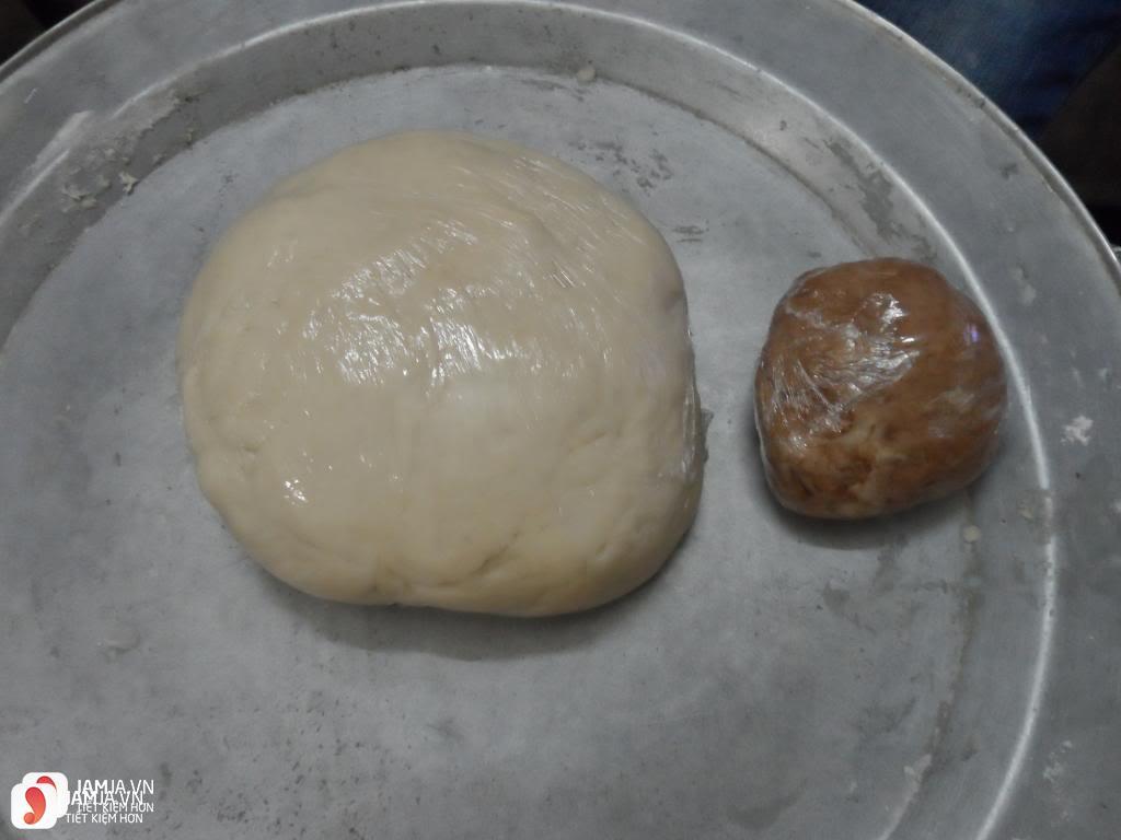 Cách làm món bánh tai heo từ bột mì 3