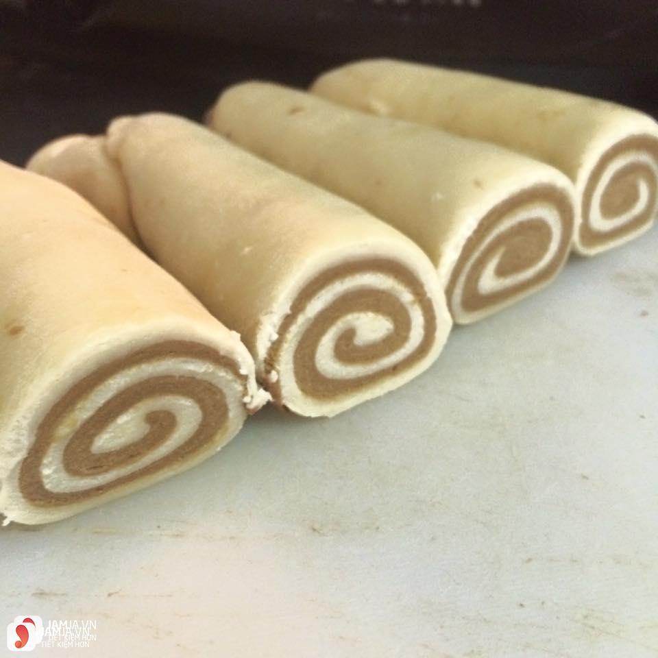 Cách làm món bánh tai heo từ bột mì 4