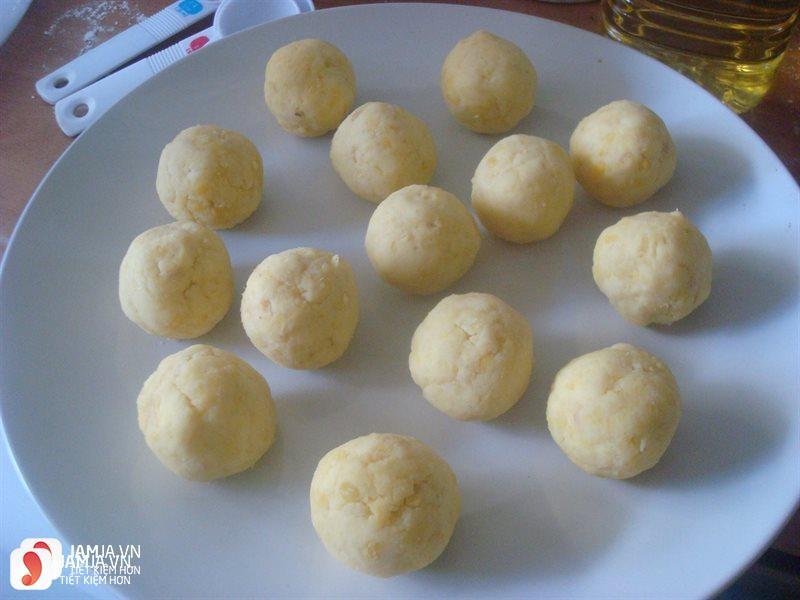 Cách nấu chè trôi nước nhân đậu xanh và dừa thơm béo 3