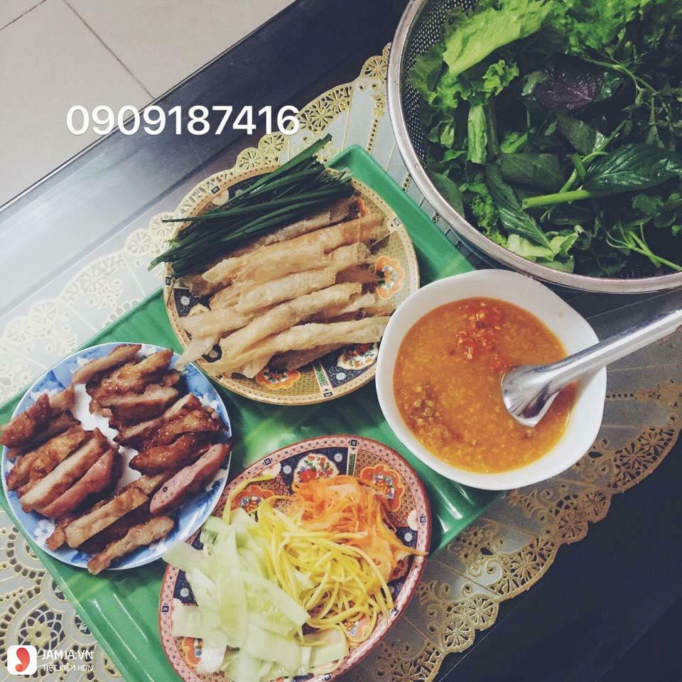 Địa chỉ ăn nem nướng Nha Trang 4