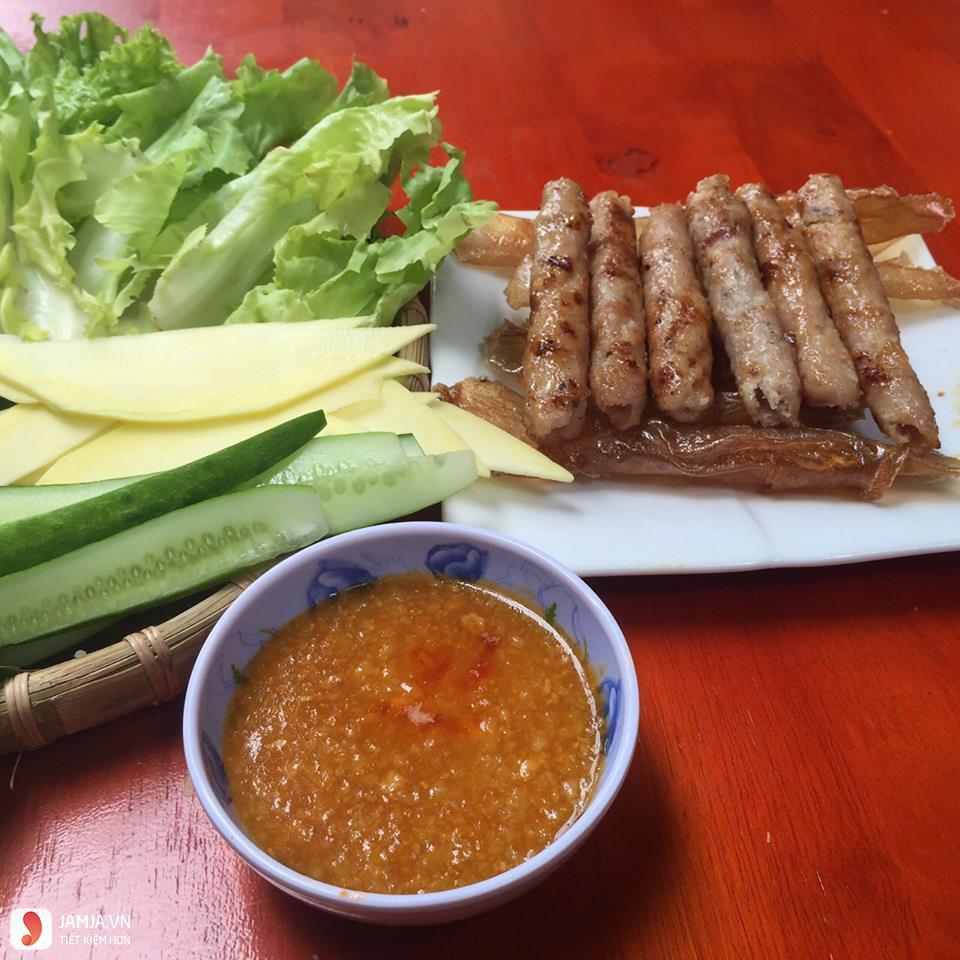 Địa chỉ ăn nem nướng Nha Trang 5