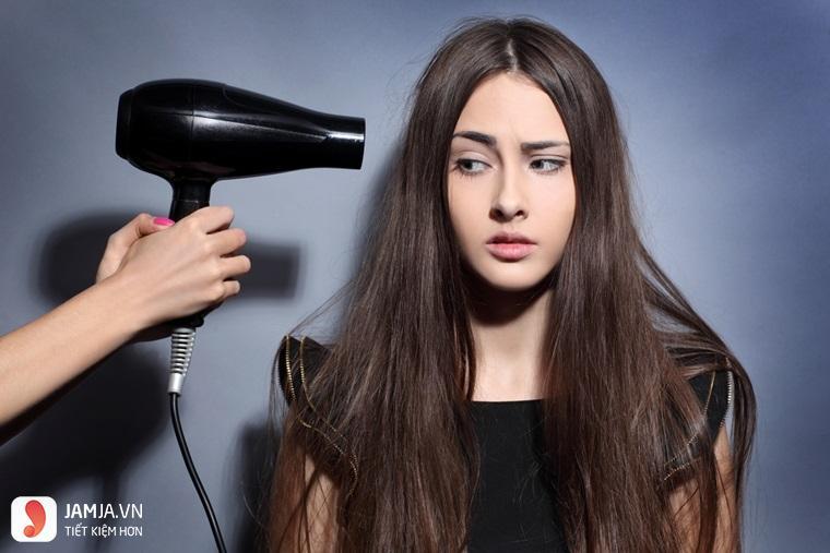 Nguyên nhân khiến tóc hư tổn 2