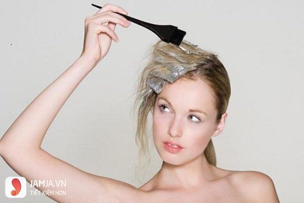 Nguyên nhân khiến tóc hư tổn 4