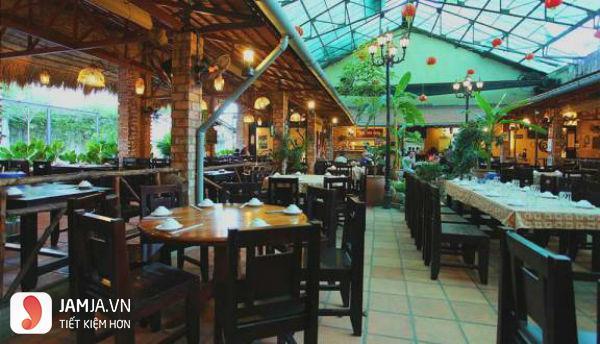 Nhà hàng Quê Nhà 1