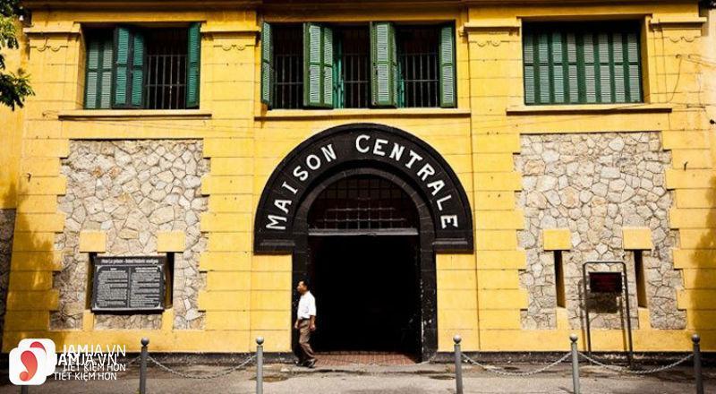 Nhà tù Hỏa Lò 1