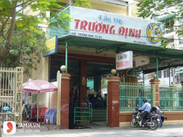 Quán lẩu dê Trương Định