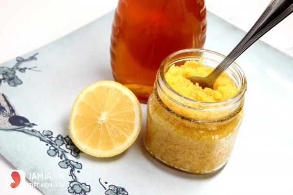 Tẩy tế bào da chết bằng đường và mật ong