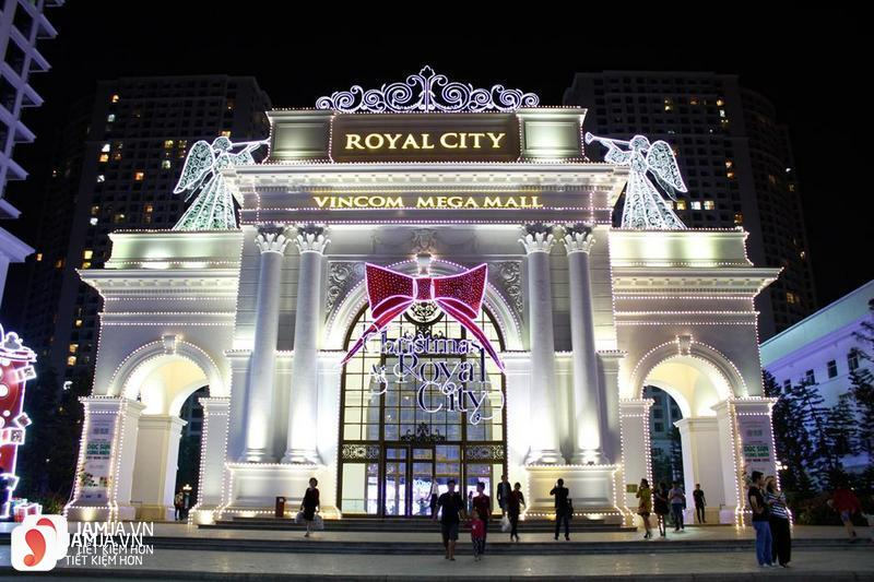 Vincom Mega Mall Royal City 1