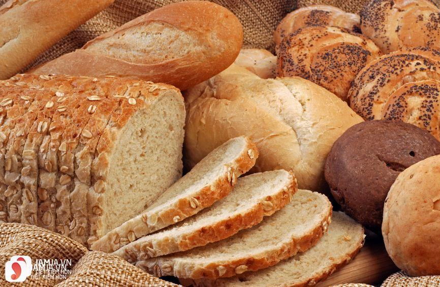Ăn bánh mì buổi sáng có béo không 1
