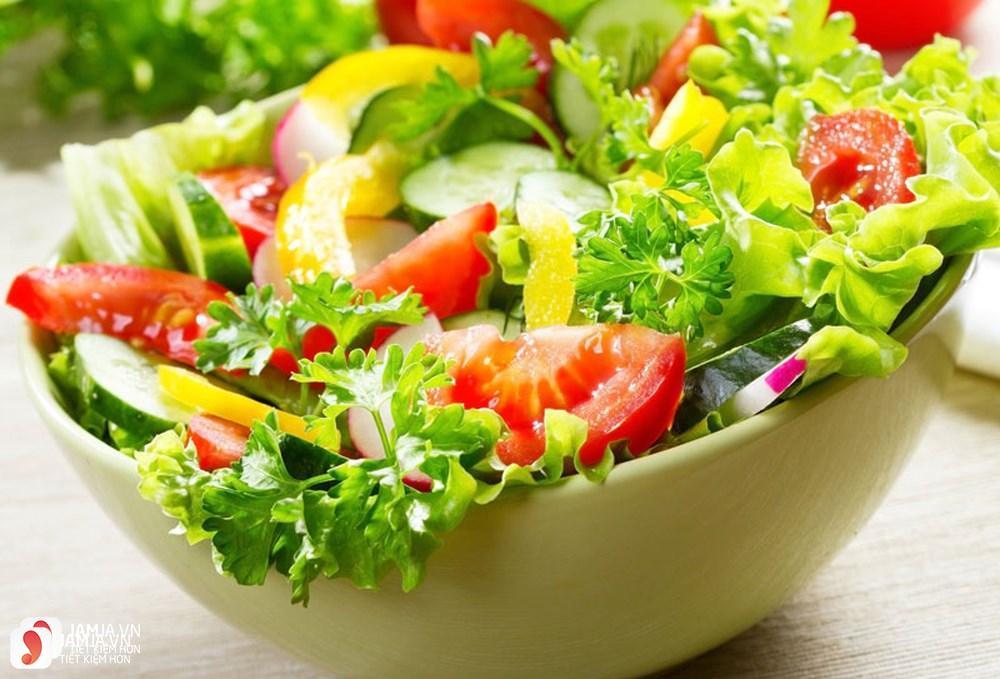 Cách làm salad bánh mì giảm cân cho bữa sáng 2