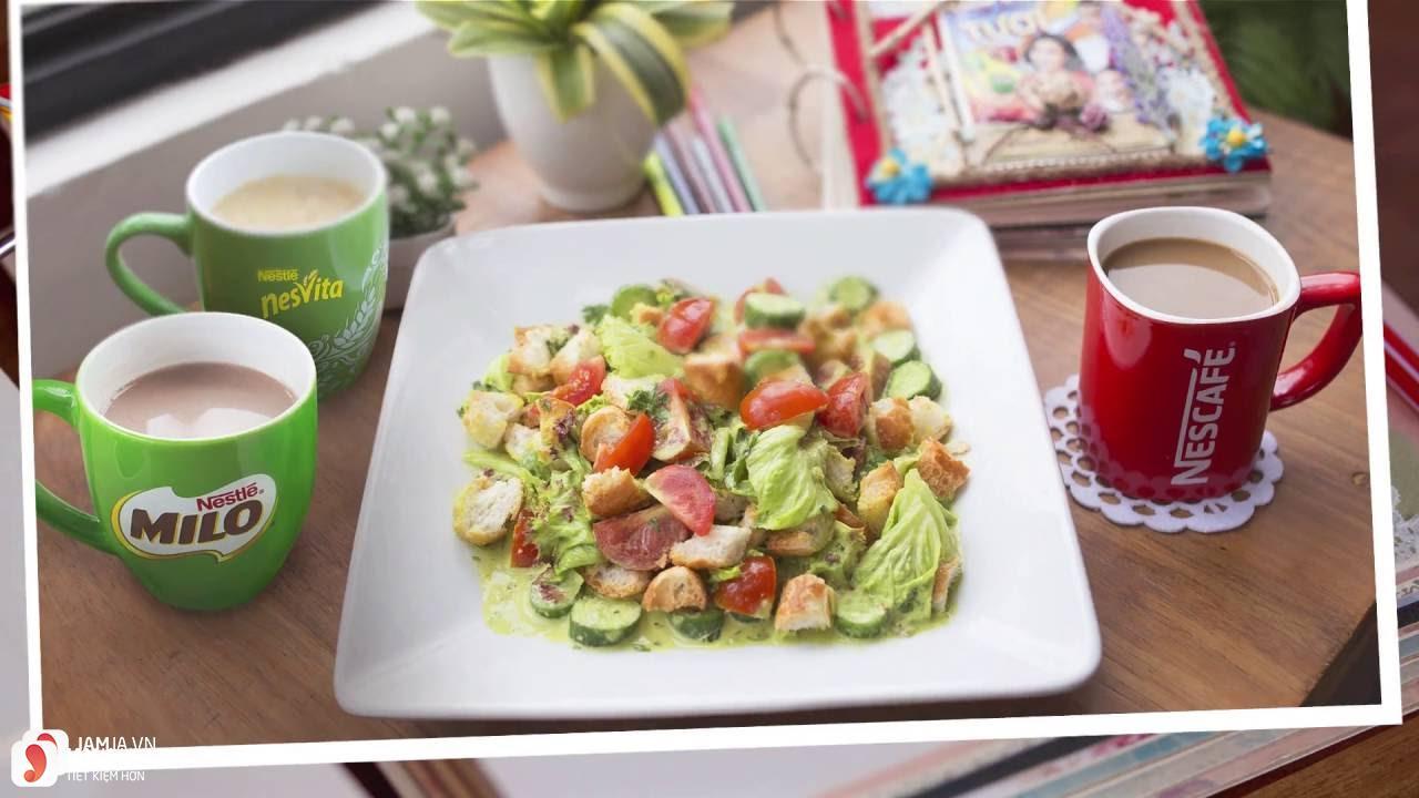 Cách làm salad bánh mì giảm cân cho bữa sáng