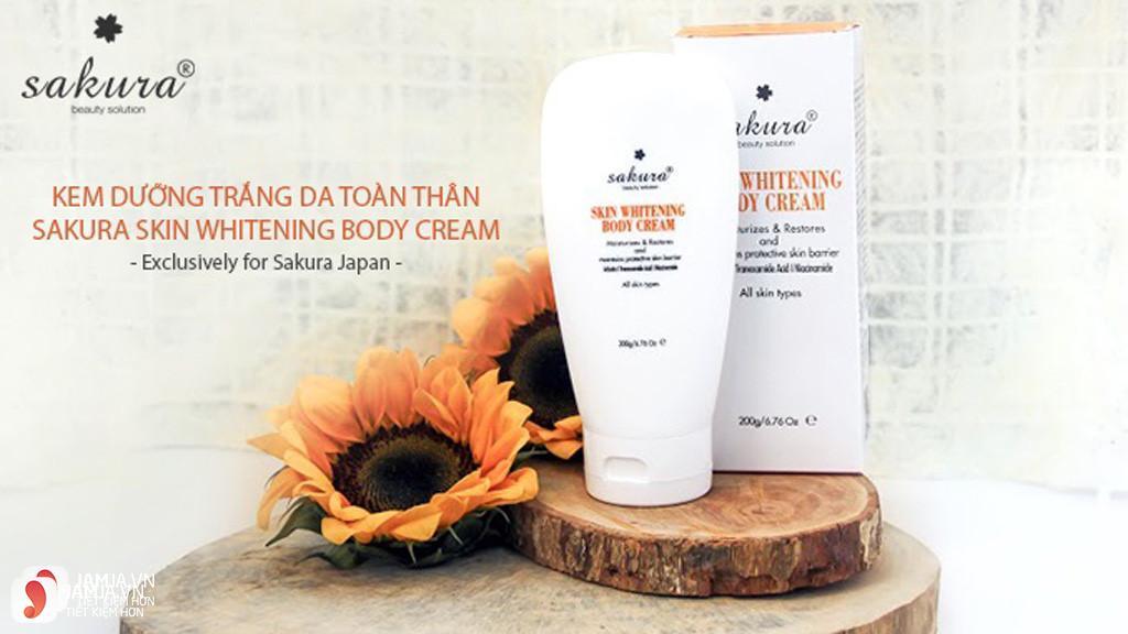 kem dưỡng trắng da toàn thân Sakura Skin Whitening Body Cream 1