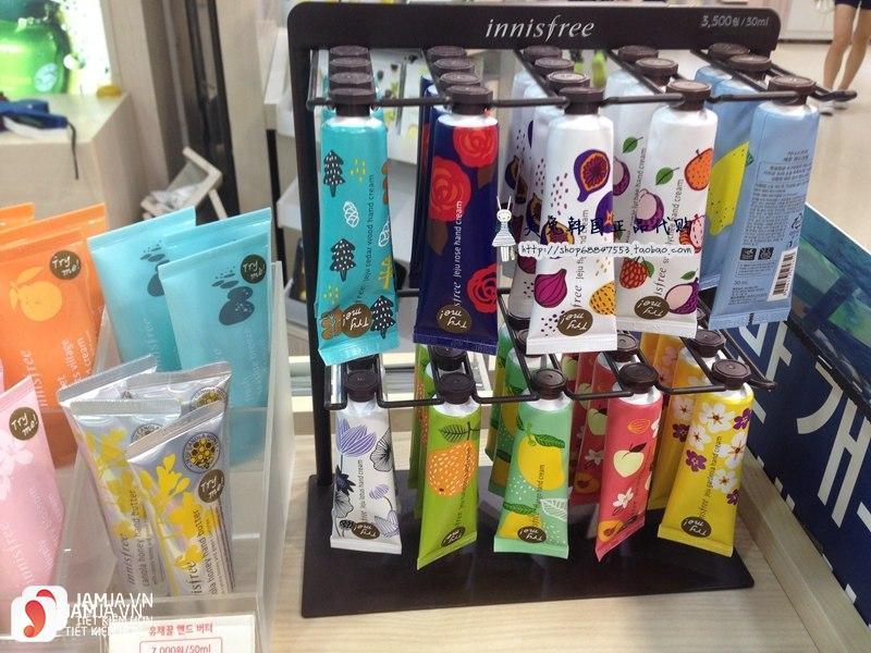 Review chi tiết kem dưỡng da tay Innisfree Jeju Hand Cream 4