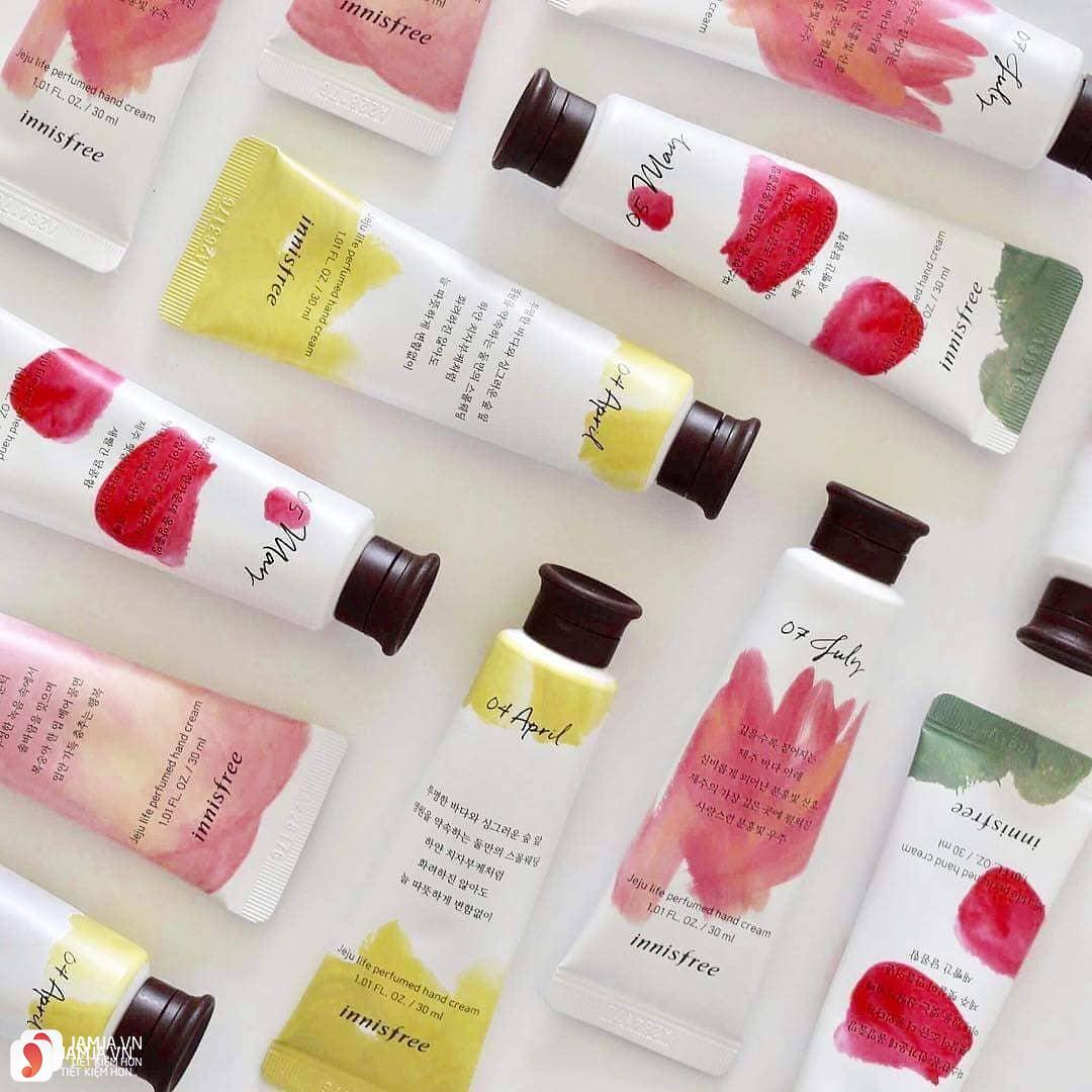 Review chi tiết kem dưỡng da tay Innisfree Jeju Life Perfumed Hand Cream 9