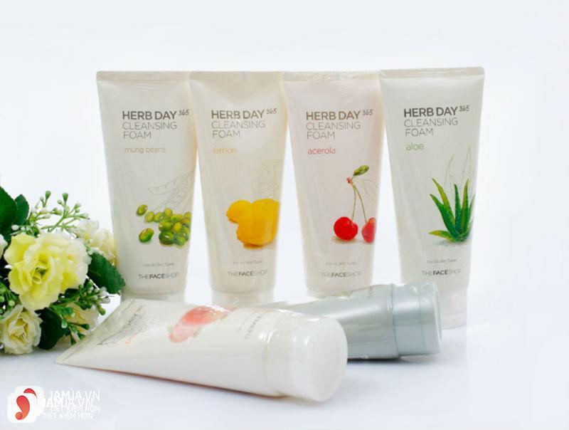 Sữa rửa mặt Herb Day 365 Cleansing 1