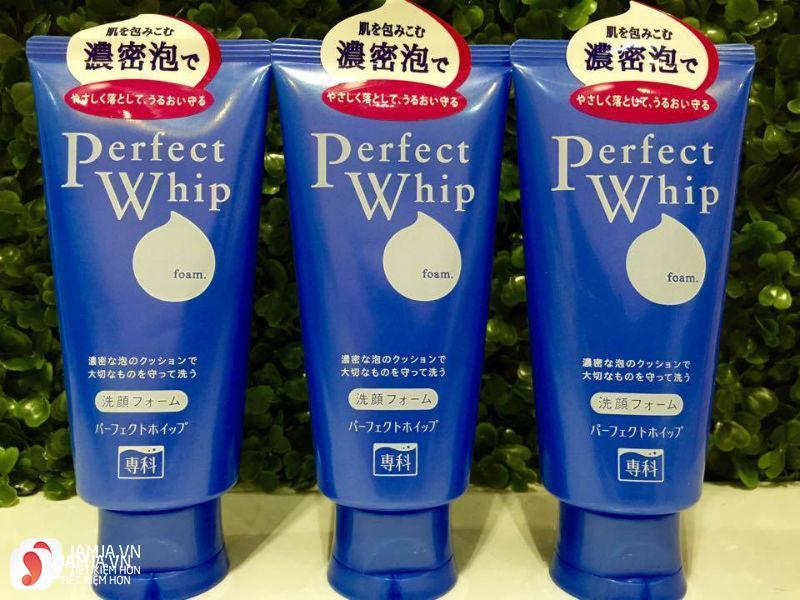Sữa rửa mặt Shiseido Perfect Whip Senka 1