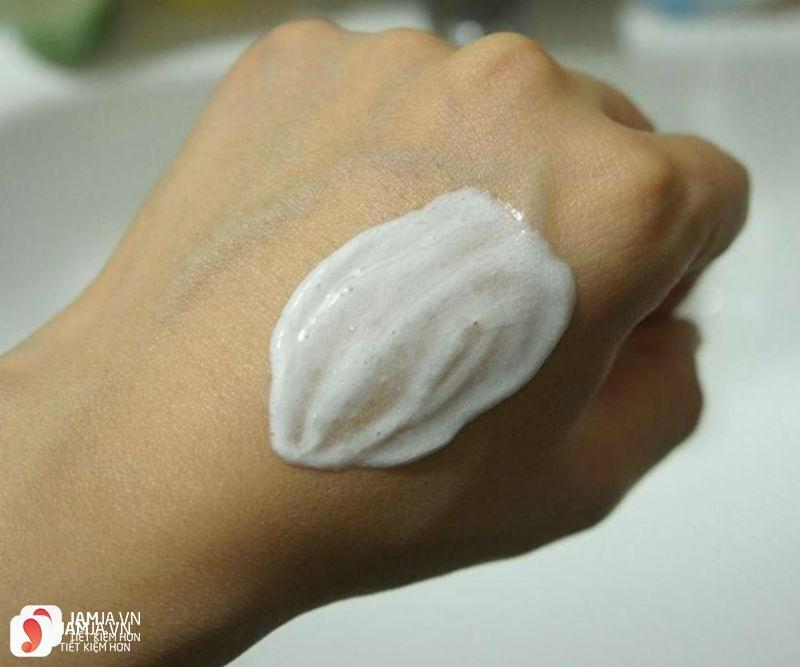 Sữa rửa mặt tinh chất hoa quả Showermate Hàn Quốc 3